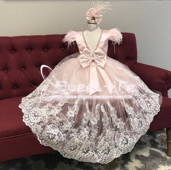 Sweety 2020 A line Flower Girl Dresses V neck Back sleeveless With Feather bow and Hair clip empire Lace Tulle Custom Made communion Dresses