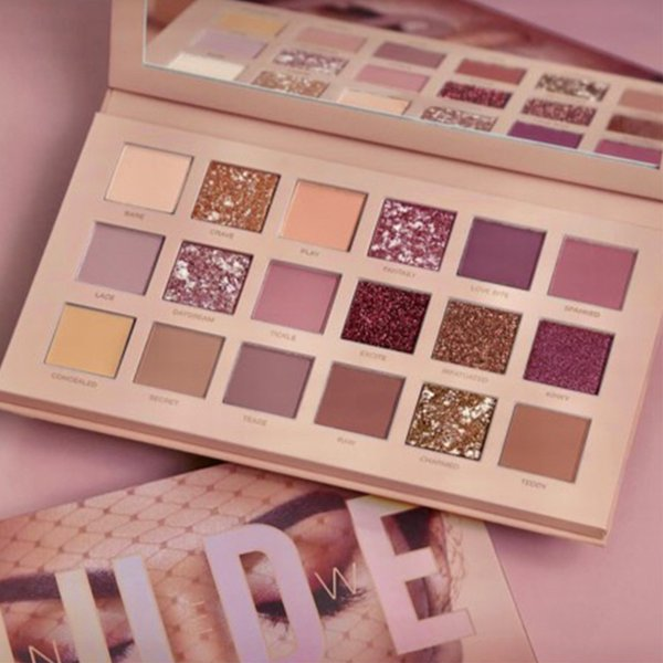 Huda beauty new nudes eyeshadow palette review swatches