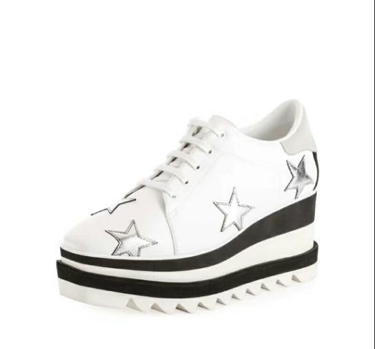 2018 Spitzenqualität! Großhandel Stella Mccartney Schuhe weiß schwarz echtes Leder mit silbernen Glitter Sternen und weißen Sohle Low Top Stars