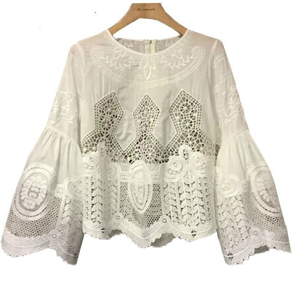 Kadınlar Için flare Kol Yaz Kadın T Shirt Üst Hollow Kanca Çiçekler Dantel Kazaklar Artı Boyutu Tshirt Giysileri Kore Gömlek