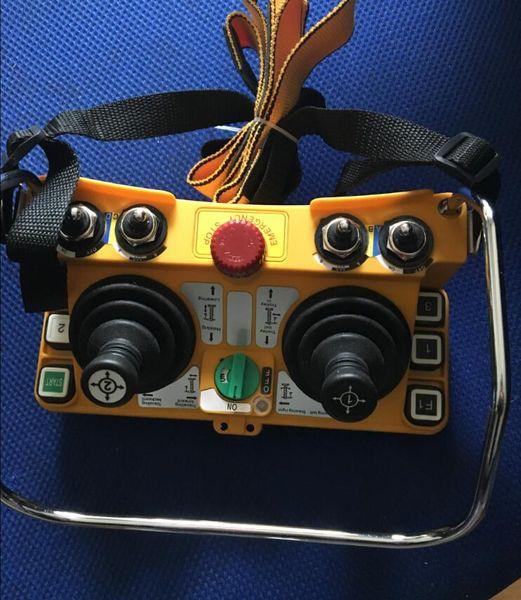 Çift joystick endüstriyel wirelesst kontrolörü F24-60 / TX 48 AC / DC 1 verici ve 1 alıcı potain vinç için pil olmadan