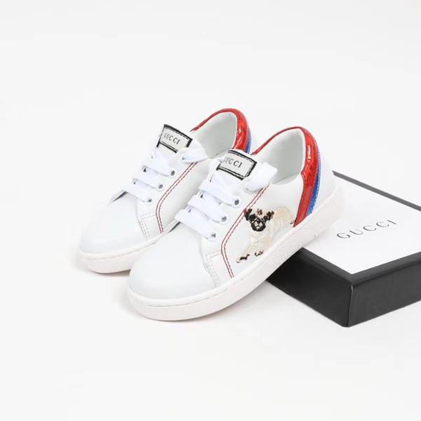 Um 2018 hot New toddler bebê casual primeiro walker shoes sola macia recém-nascidos meninos meninas marca casual shoes um padrão animal em sapatos