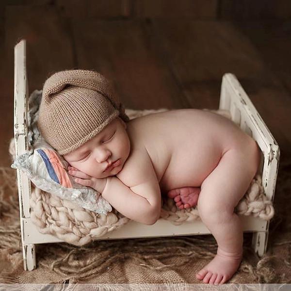 Vecchio letto di legno Fotografia neonato Puntelli In posa Baby Photoshoot Canestri Accessori Servizio fotografico Flokati Photographyprops Letto
