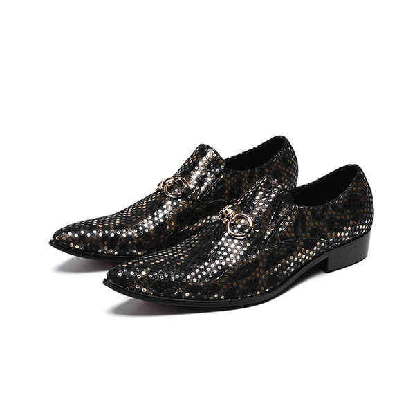 Hot 2018 Printed Cow Leather Pointed Toe Dress Shoes Man Business Shoes Metal Decor Shallow Slip On Dress Shoes For Man