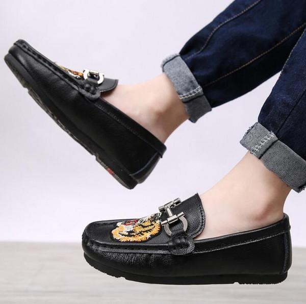 Couro Genuíno Couro Criança Sapatos Meninos Casual Sports Student Sapatos Único Crianças Flats de Couro Confortável Ervilhas Sapatos Para Meninos tamanho 31-40
