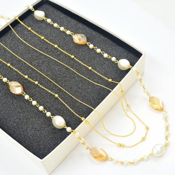 Collana lunga del maglione lungo di tre strati di colore caldo bianco perla irregolare di vendita