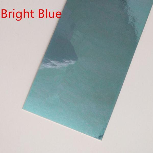 Cor: azul brilhante