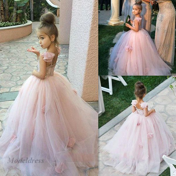 Light Pink Girls Pageant Dresses Ball Gowns Open Back Capped Sleeve Beautiful Kids Evening Gowns Flowers Lovely Children Prom Party Dress