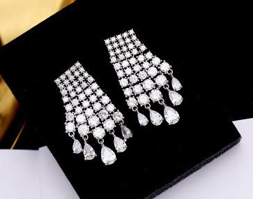 wonderful low price high quality diamond crystal stone drop tassels l lady's earings (2*3.8CM)