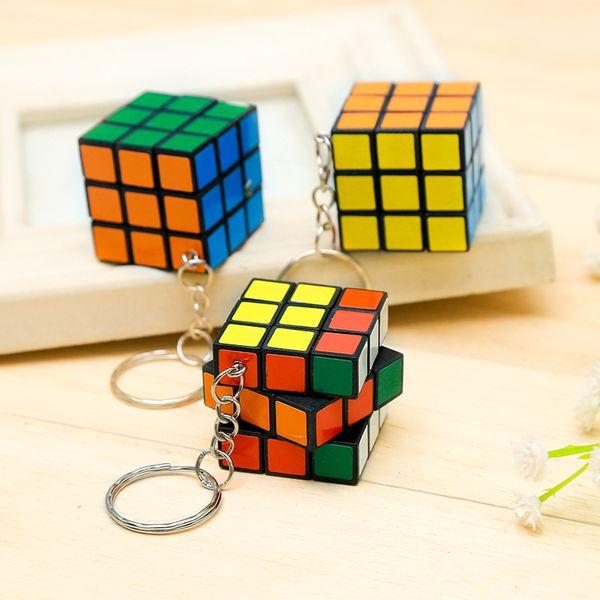 Schlüsselanhänger Fabrik direkt Verkäufe Keychain Rubik Würfel 3cm Puzzle Magic Game Spielzeug Key Opp Bag Packakge IQ Lernspielzeug Geschenk