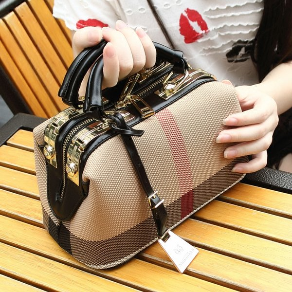 Ladies Shoulder Hand Bags 2018 Hot Women Luxury England Brand Bags Plaid PU Leather Handbags High Quality Desinger Doctor Purses