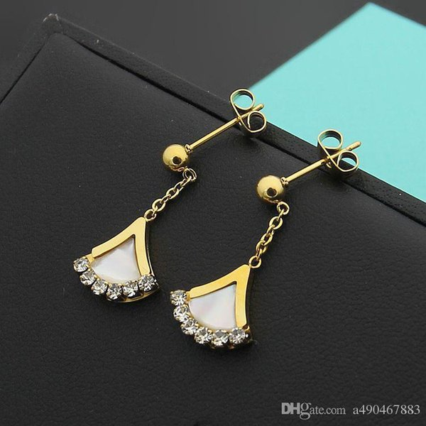 Autumn new fashion brand fan type titanium steel earrings 18K gold rose silver white shell pendant earrings suitable for fashion women's