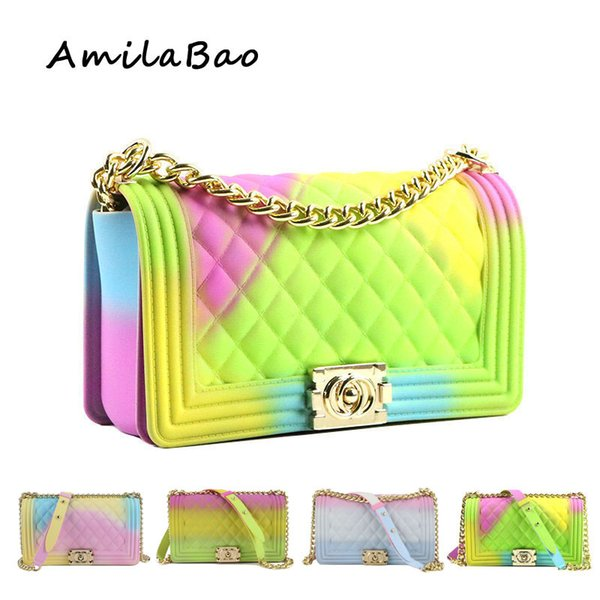 borse a tracolla per le donne 2018 Estate caramelle colorate borse di lusso PVC silicone jelly shoulder Messenger Bags Catene ragazza ME849 Y18102403
