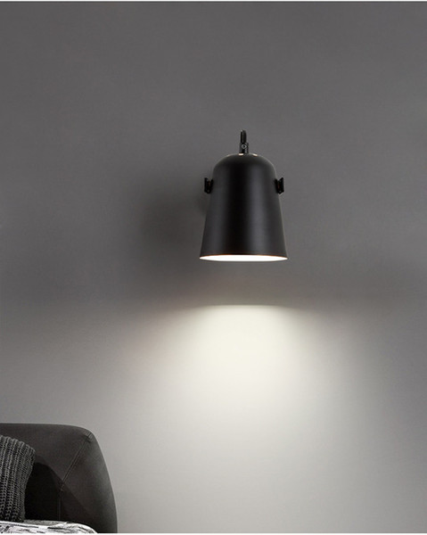 Lampshade Color: negro