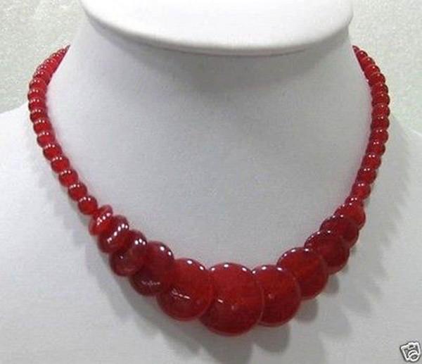 Beau collier de perles rondes 18 po en jade rouge naturelle 18