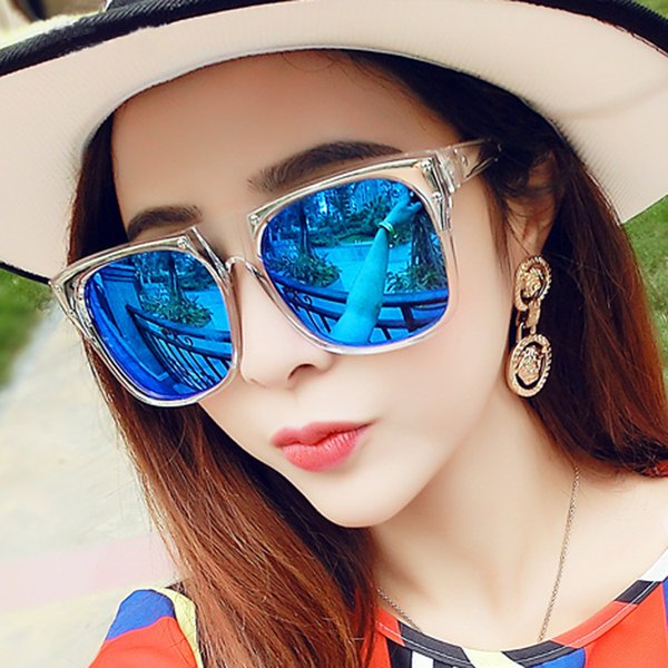 Top quality New street sunglasses fashionable men and women sunglasses color film glasses wholesale with boxes free shipping