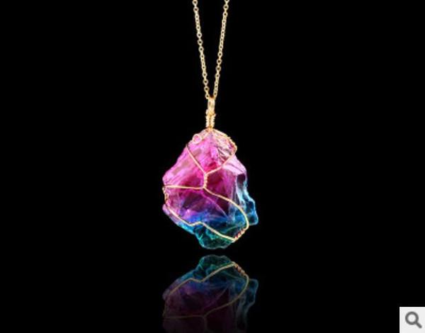 Collana con collana a catena multicolore trasparente con pendente in cristallo naturale a sette colori