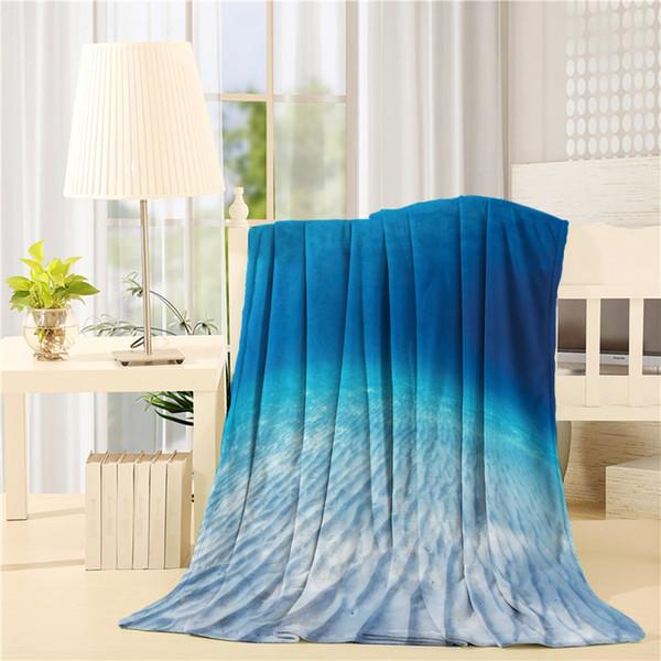 Flanelle Throw Blanket Image sous-marine d'un fond de mer de sable infini avec de l'eau claire et des vagues à sa surface