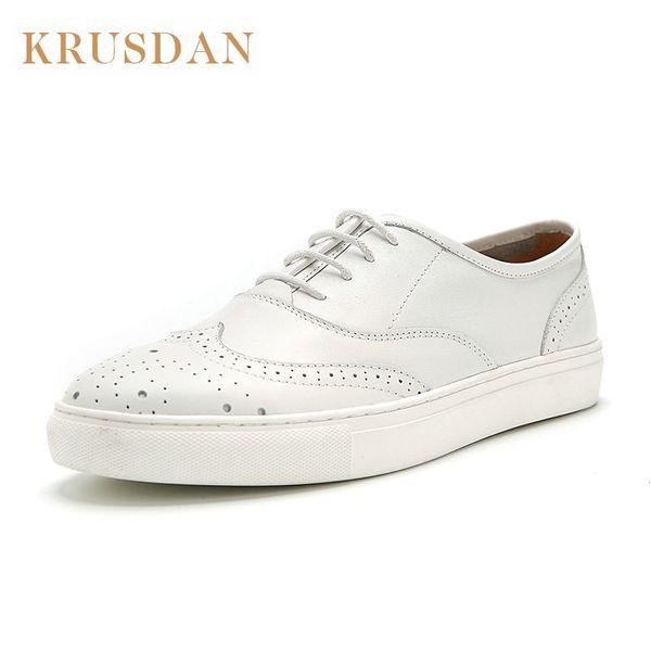Marka Orijinal el yapımı Bullock oyma oxfords Tam Tahıl Deri Rahat ayakkabılar dantel-up Beyaz Oxford ayakkabı adam mocassim masculino