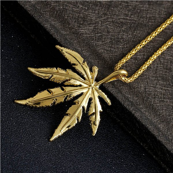 2018 New Gold Silver Plated Maple Leaf Pendant Charm Necklace Maple Pendant Necklace Hip Hop Jewelry Wholesale Free DHL D794S