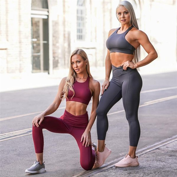 Wholesale- 2018 new female Yoga Outfits Solid color yoga tight solid color burning flower set moisture wicking yoga sports running clothes