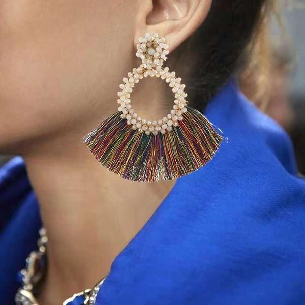 Pompons en forme d'éventail boucles d'oreilles perles rondes chandelier boucles d'oreilles femmes Bohême bijoux nationaux neuf couleurs noir blanc rouge vert gris
