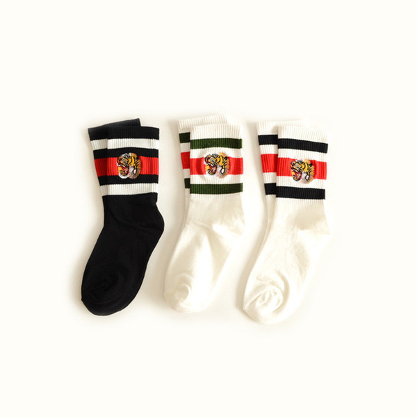 Tiger Embroideried Socks Famous Brand Socks Men Women Casual Sports Socks Spring Autumn 3 Colors Striped Unisex Middle Stockings 663