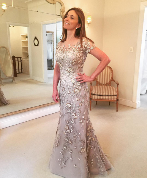 2019 Vintage Short Sleeves Evening Dress Lace Floor Length Holiday Women Wear Formal Party Prom Gown Custom Made Plus Size