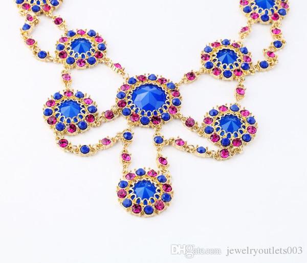 2018 die neueste Legierung Edelstein Diamond Flower Lady Halskette Mode und perfekte Kombination.