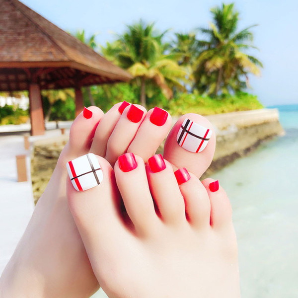24pcs/set Red Toes False Nails French Full Cover Fake Toenails Fahion Summer Artificial Nails Beauty Well Designed Nail Art