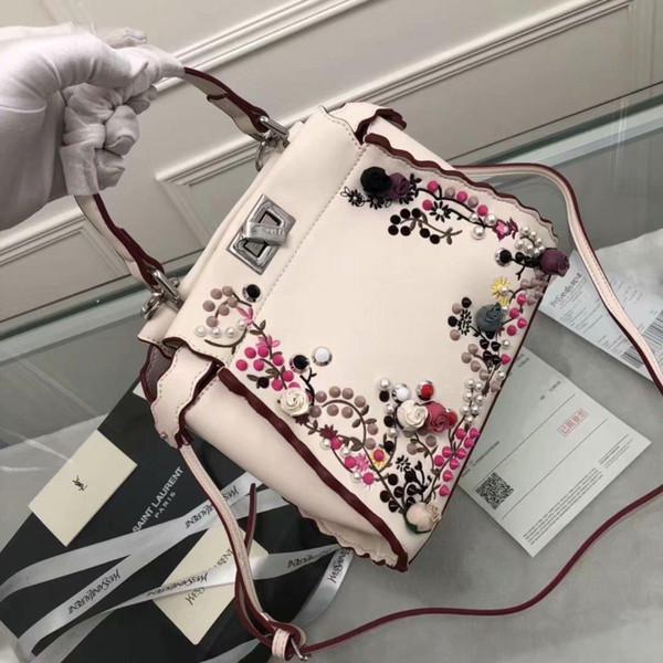 Borse da donna di marca Ricamo di fiori multicolore decorativo con gemme e gemme di pelle di vitello, chiusura a scatto e finiture in metallo finitura palladio