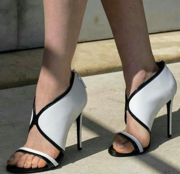 Summer Season Latest Hot Sale Women's Fashion Black And Whiter Patchwork Sexy Open Toe Rome Style High Heele Sandals Banquet Shoes