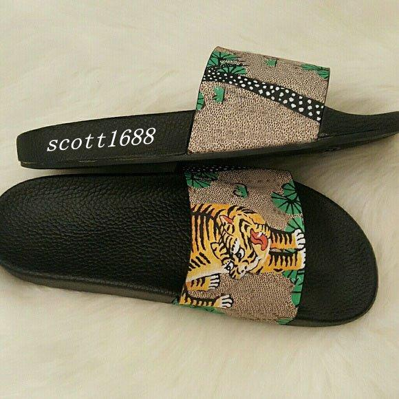 mens and womens fashion bengal tiger print coated canvas slide sandals flip flops with Molded rubber footbed