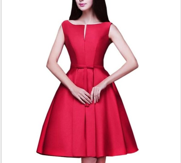Sexy Off Shoulder Red Satin Short Homecoming Dresses A Line Women Bridesmaid Dress Cheap Prom Party Gowns Plus Size Mini Graduation Dress