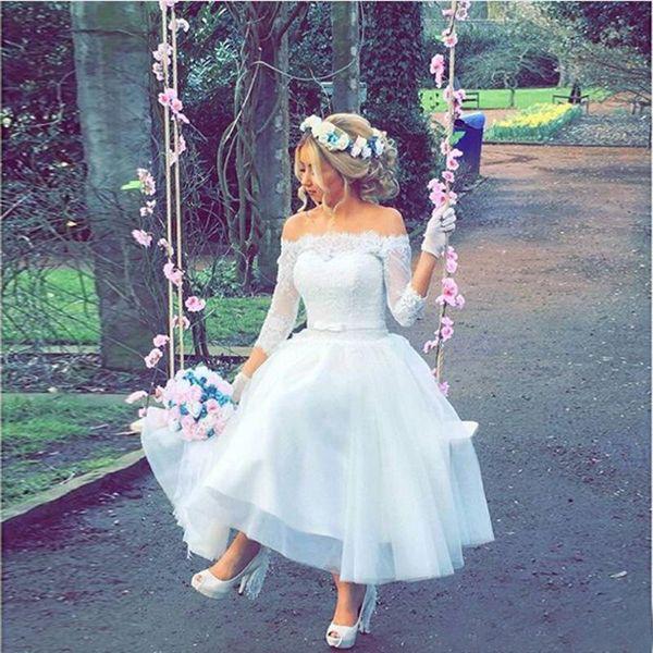 Romantic 2019 Short Garden Beach Country Wedding Dresses Cheap Off The Shoulder Lace Tulle 3/4 Long Sleeve Tea Length Bridal Gowns EN2094