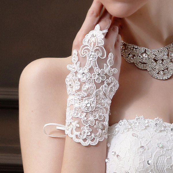 Short Bridal Gloves Lace Appliques Beads Sequin Fingerless Wrist Length with Ribbon Weddings Gloves Wedding Accessories In Stock