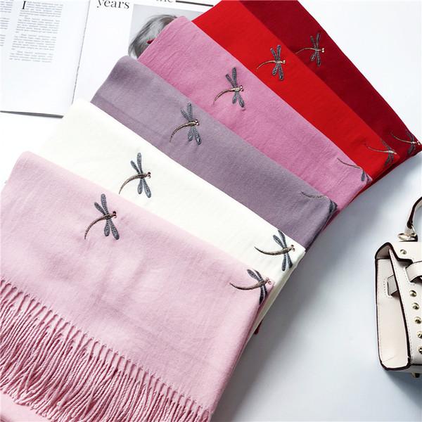 Elegante bufanda de las señoras Otoño e invierno Nueva imitación de cachemira Color sólido Bufanda Bordado dulce Flor Borla Collar Wild Shawl