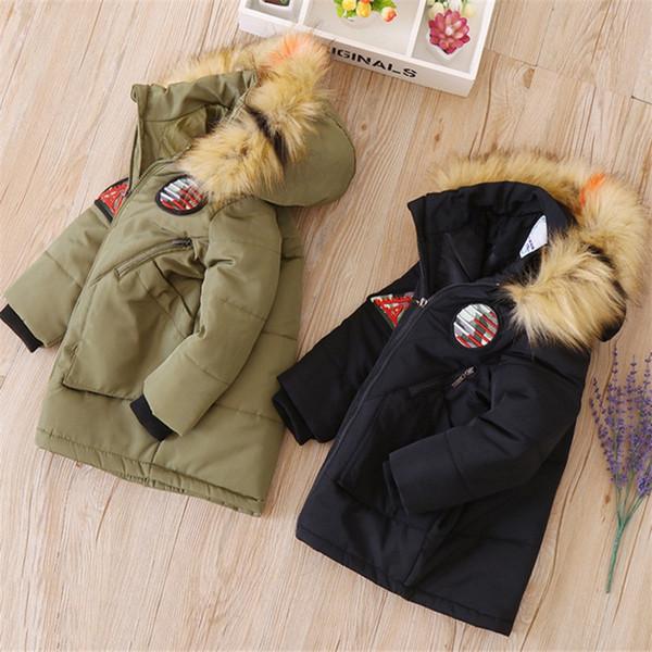Kids Hoodies Winter Jackets Toddler Boys Fur Collar Zipper Thickening Padded Designer Clothes Long Sleeve Snowcoats Jackets