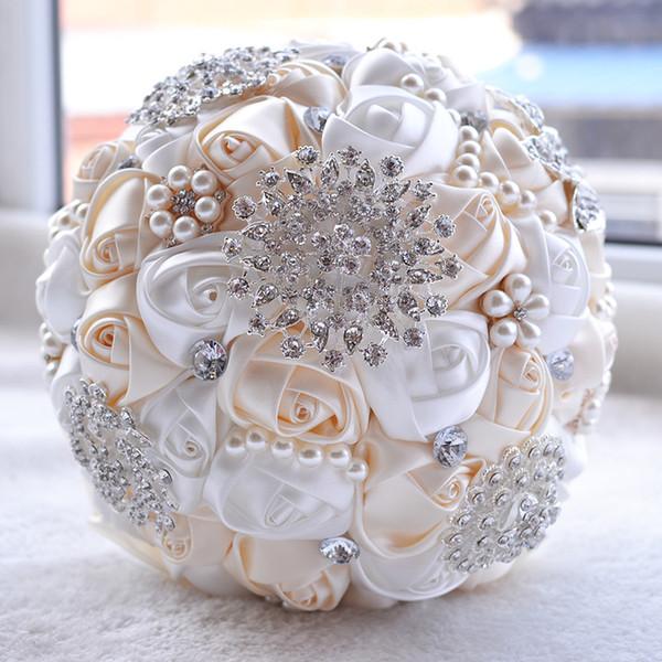 Bouquet De Mariage Chaud Satin Perles De Mariage Fleurs De Mariée Tenant Des Fleurs Bouquet De Demoiselle D'honneur À La Main Broche Accessoires