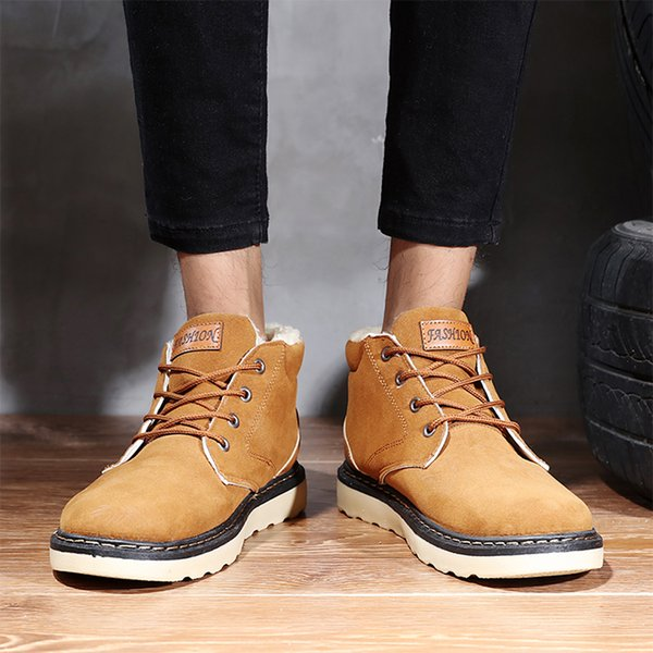 2018 winter new style snowy boots, men's casual wood boots, Korean fashion men's boots and men's shoes.