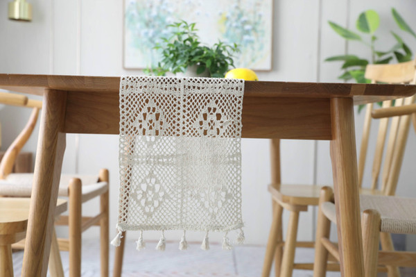 Hot Lace Table Cloths for Home Decoration Delicate Lace Table Runner Cloths with Fringe Free Shipping