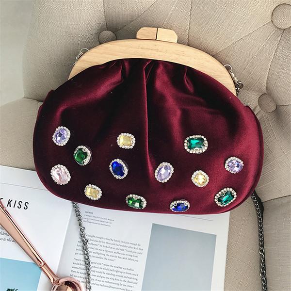 Women Handbags Crystal Pearl Clutch Bags Luxury Tote Retro Pink Red Evening Bag Velour Wedding Chain Purse Ladies Messenger Bags