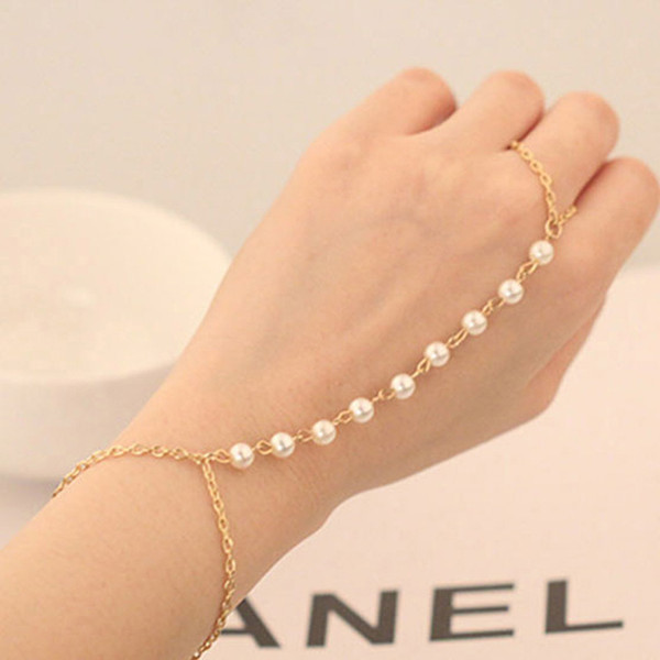 Woman Girl Bracelet Bangle Chain Peal Bead Wrist Bunch String Ornaments Decor Dress Finger For Party