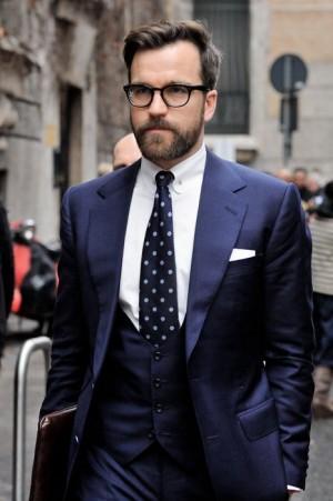 Custom Made Azul homens ternos 2018 Do Noivo Do Casamento Smoking Slim Fit Formal Melhores Homens Blazers Prom Desgaste Noivo 3 Peças Casaco + Calça + colete