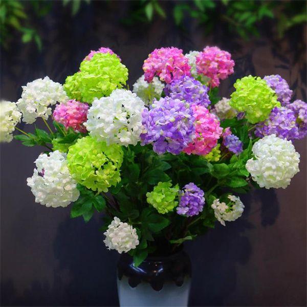 Gefälschte lange Stängel-Hydrangeas-Simulations-Schneeflocken-Hortensie mit grünem Blatt für Heirats-Ausgangsschaukasten-dekorative künstliche Blumen