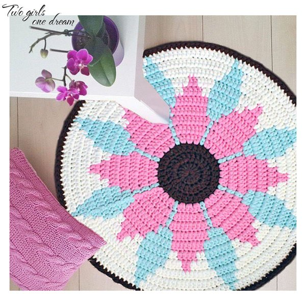 Original Flowers Hand Crocheted Seat Cushion Round Table Mats DIY Hook Flower Table Placemats Movie Decorations Carpet 60CM