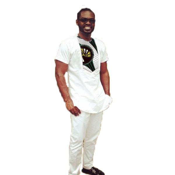 Moda Afrika Mans Setleri Patchwork Tops + Pantolon Setleri Afrika Tarzı Beyaz Pamuk Mix Dashiki Baskılı Afrika Erkekler Giyim Kostüm