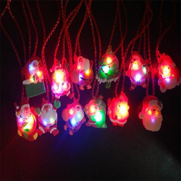 크리스마스 목걸이 어린이 플라스틱 산타 클로스 펜던트 어린이 선물 파티 장식 LED Luminescence 할로윈 고품질 0 95js hh