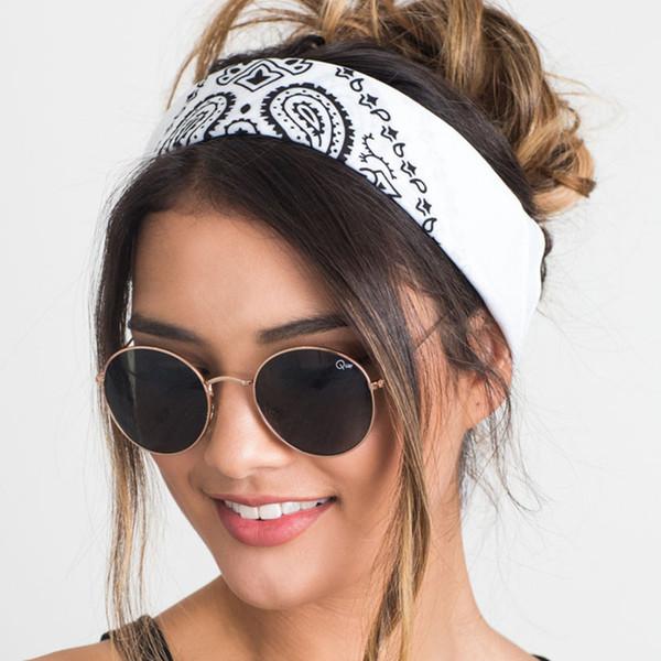 Großhandel Neue 2018 Korea Stil Haar Zubehör Frauen Leinen Bandana Schal Platz Weibliche Bandanas Headwear Rock Coole Mädchen Multi Stirnbänder Von