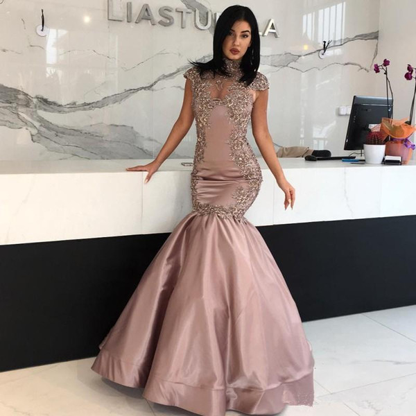 Ziad Nakad Cap Sleeveless Evening Dresses 2018 High Neck Long Prom Sexy Party Gowns Beaded Prom Party Gowns vestido de festa Lace Aappliques